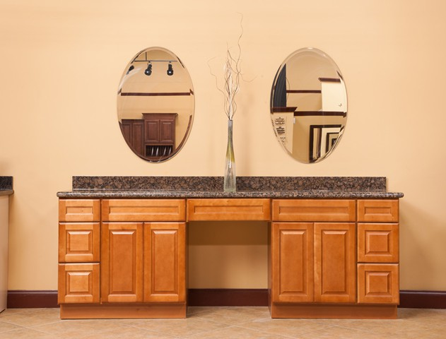 Affordable bathrooms and vanity cabinets fort myers florida for Kitchen cabinets fort myers
