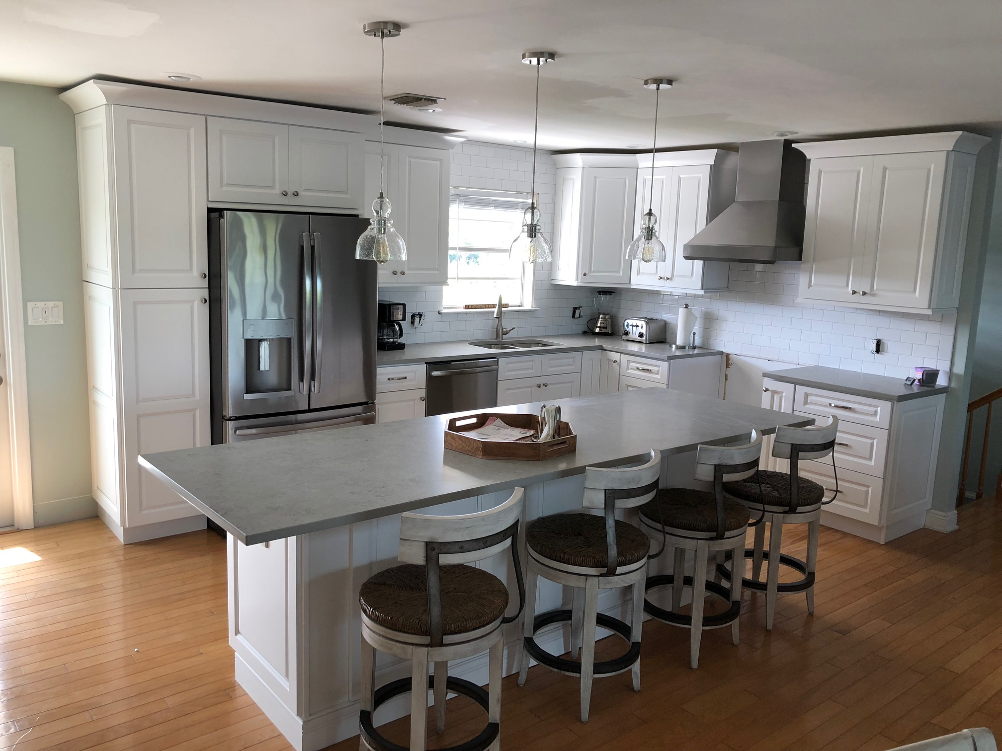 Tahoe White Kitchen Cabinets